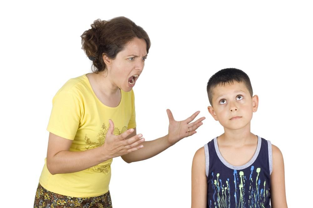 الصراخ على الأطفال