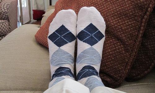 تبرد أقدامنا